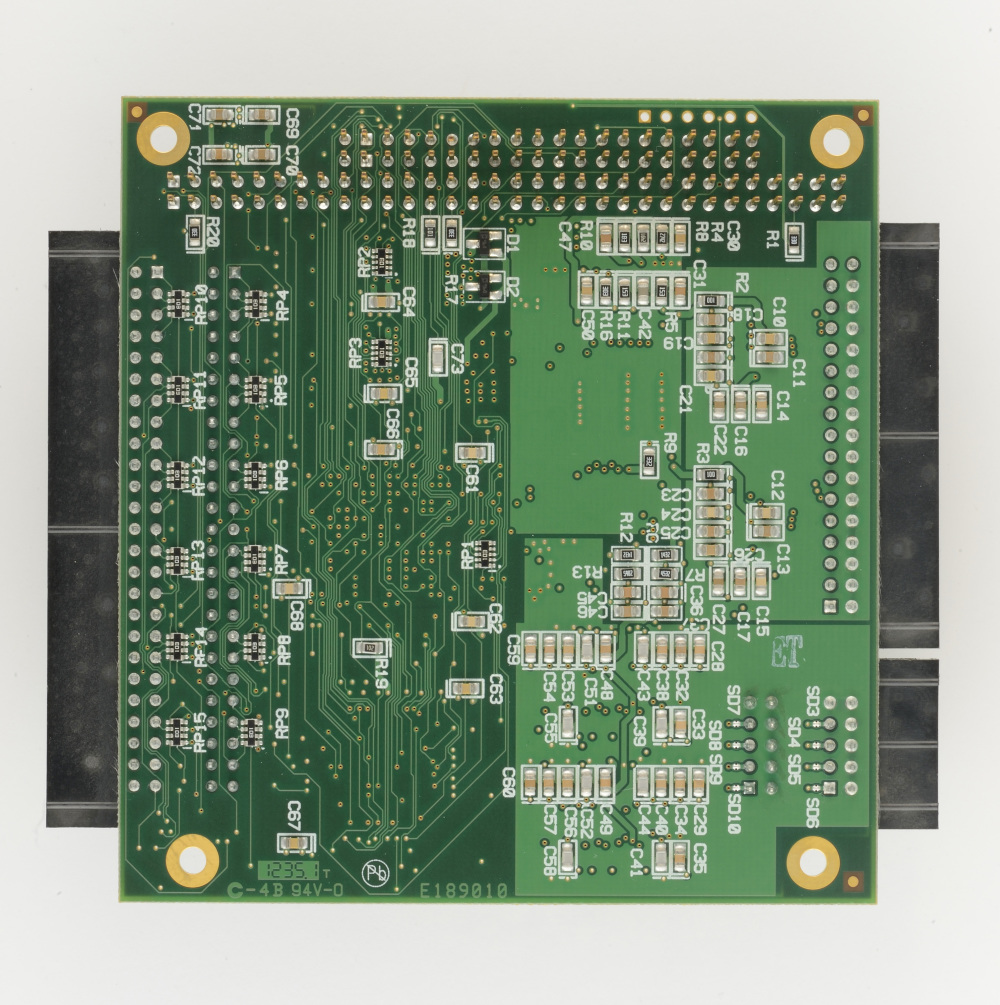 Pc 104 16 Adc 8 Dac And 48 Digital I O Winsystems Analog To Converter Circuit Design